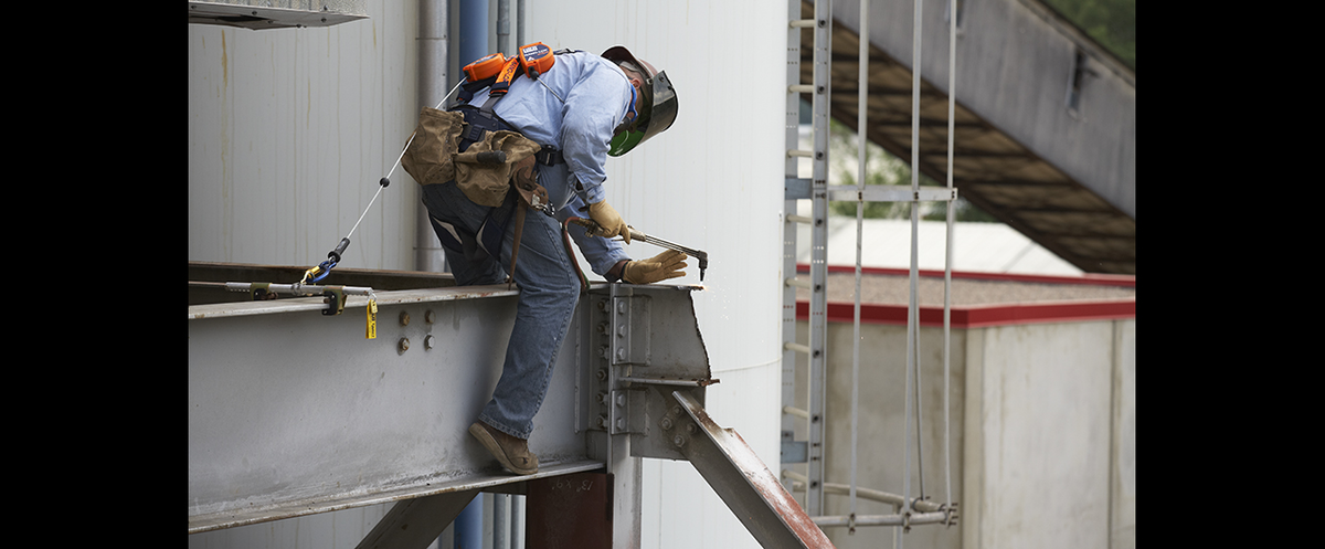 3m Personal Safety Division Partners With 2 Ironworkers Groups In Ppe Agreement Industrial Distribution